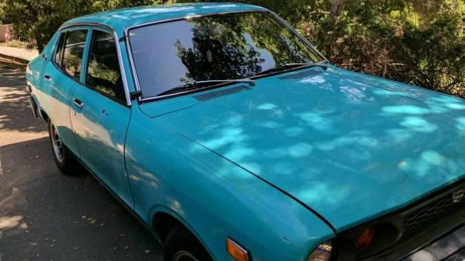 1975 datsun b210 sedan